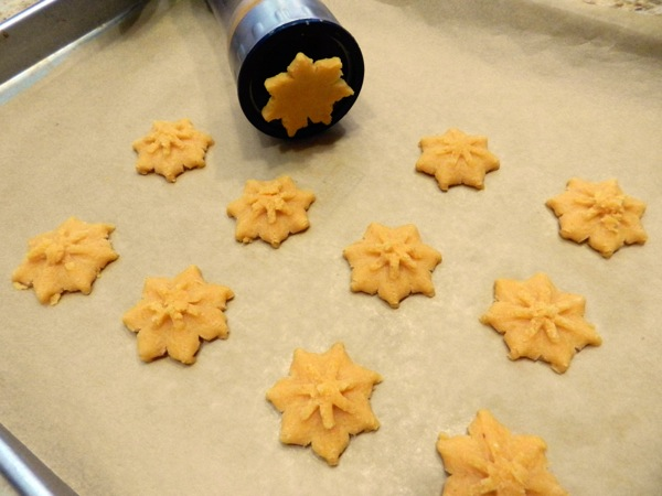 cheese star crackers